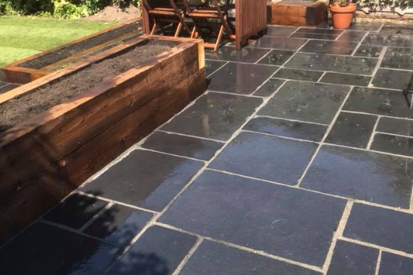 Patios by Evergreen Landscapes